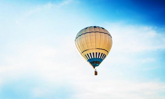Luchtballonvaart + champagne (1 uur)