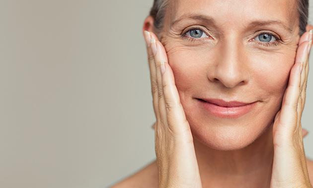 Verstevigende gezichtsbehandeling(en) + bindweefselmassage