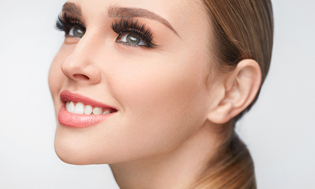 Wimperextensions Russian volume
