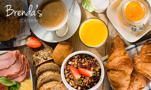 Thuisbezorgd of afhalen: ontbijt voor 2 personen