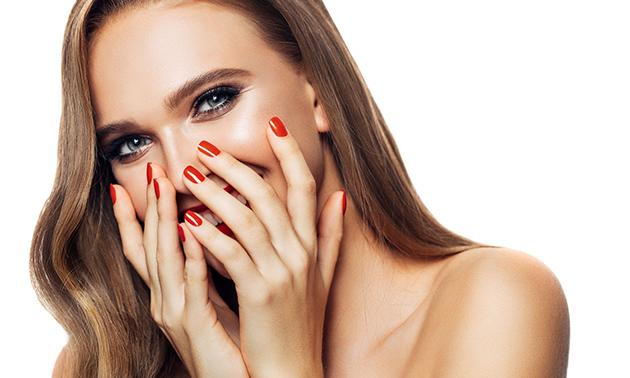 Gellak + mini-manicurebehandeling (60 min)