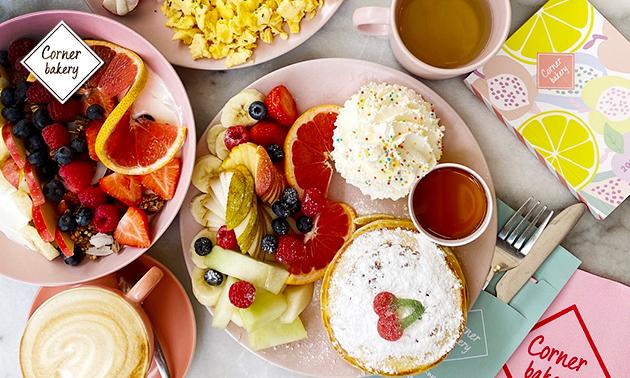 Thuisbezorgd of afhalen: ontbijt- of zoetighedenbox