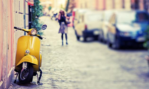 Huur van een Vespa-scooter