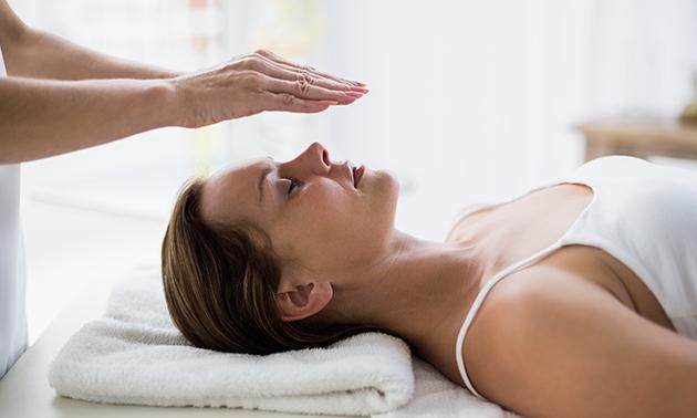 Reikibehandeling + eventueel massage naar keuze