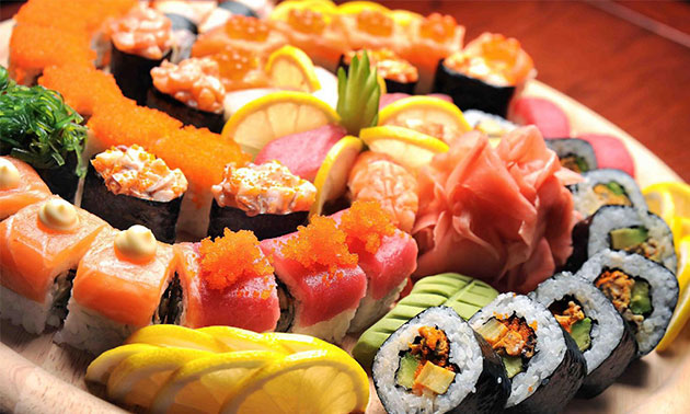All-You-Can-Eat Sushi Mittagessen (2,5 Std.) + Digestif