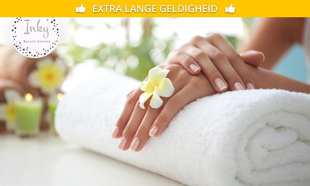 Gellak + manicurebehandeling of set acrylnagels