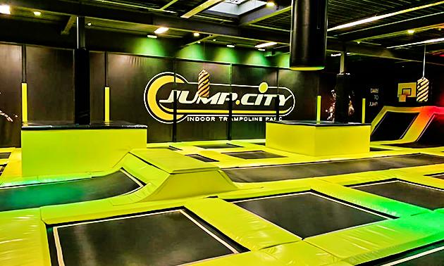Trampolinespringen bij Jumpcity