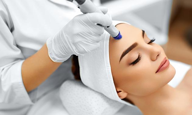 Hydra facial-gezichtsbehandeling (45 of 60 min)