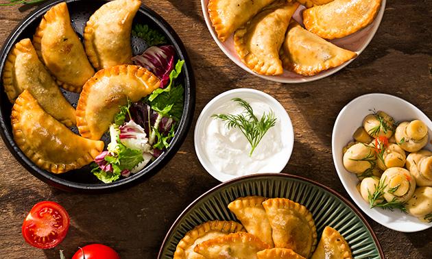 Zum Abholen: 3 oder 12 BIO-Empanadas mit Dip(s)
