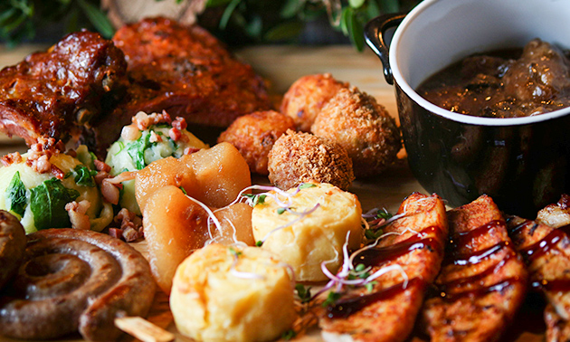 Dinerplateau + frietjes + salade bij Restaurant ´t Töpke
