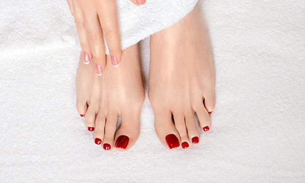Shellac Maniküre oder Neumodellage mit Tips