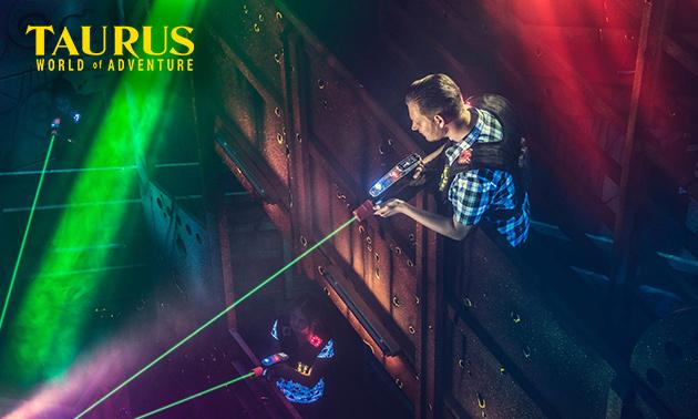 2 Lasergame XL-Spiele + 3 Arcade Dollar