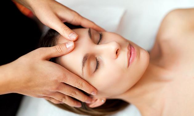 Massage nach Wahl (60 Minuten)